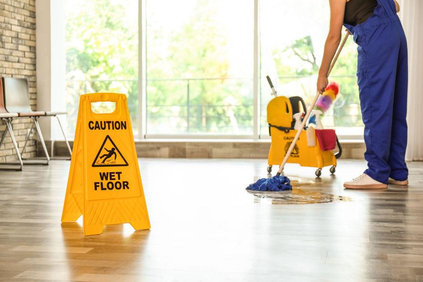 natte vloer uitglijden aansprakelijkheidsverzekering
